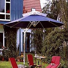 Schirme, Zelte und Pavillons